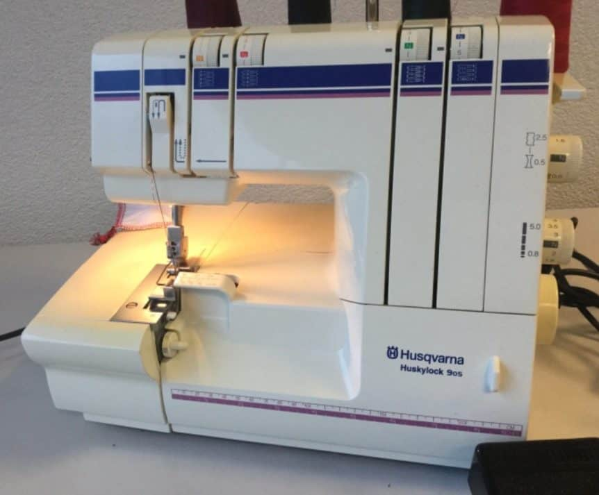 The Difference Between A Sewing Machine And A Serger Beauteous Are Overlocker Needles Different To Sewing Machine Needles